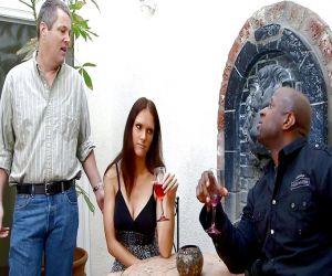 Interracial Vergnügen her frivolen Frau